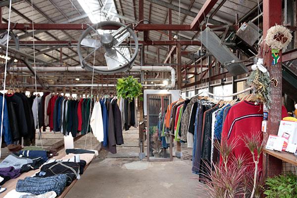 調布市的二手服裝店